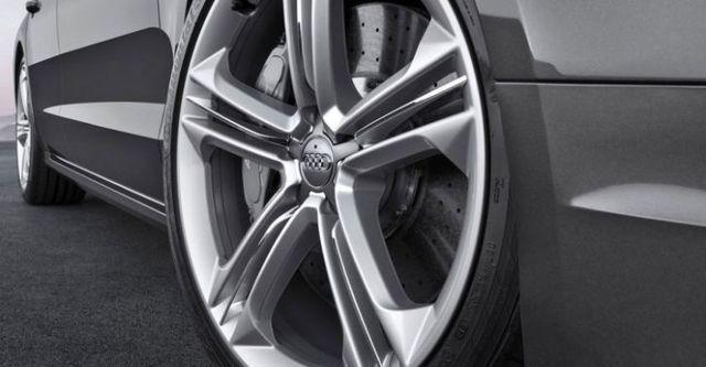 2015 Audi A8 S8  第5張相片