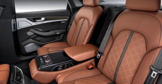 2015 Audi A8 S8  第8張相片