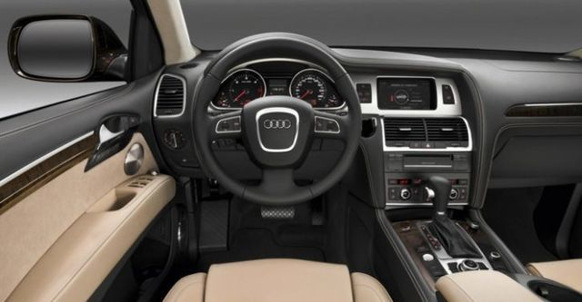 2015 Audi Q7 35 TFSI quattro High  第6張相片