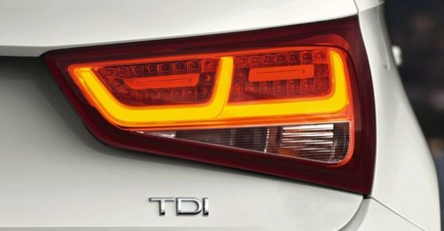 2014 Audi A1 30 TFSI  第7張相片