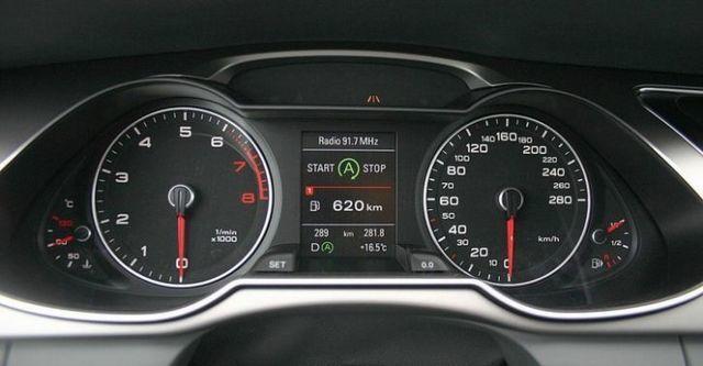 2014 Audi A4 Sedan 30 TDI  第7張相片