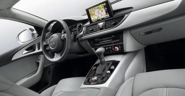 2014 Audi A6 Sedan 40 Hybrid  第7張相片