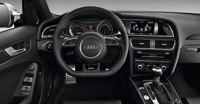 2013 Audi A4 Avant RS4  第6張相片