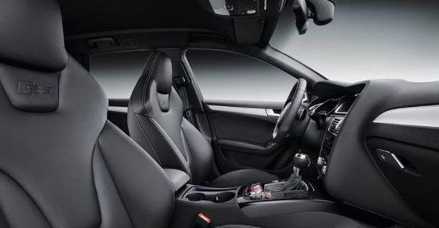 2013 Audi A4 Avant S4  第4張相片