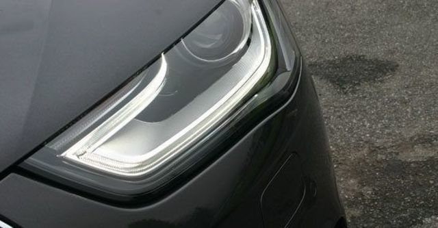 2013 Audi A4 Sedan 2.0 TFSI quattro  第4張相片