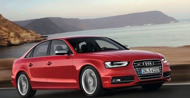 2013 Audi A4 Sedan S4  第1張相片