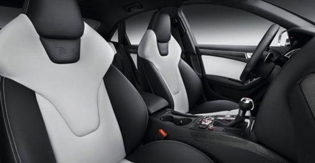 2013 Audi A4 Sedan S4  第3張相片