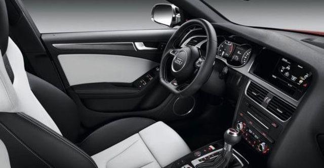 2013 Audi A4 Sedan S4  第4張相片