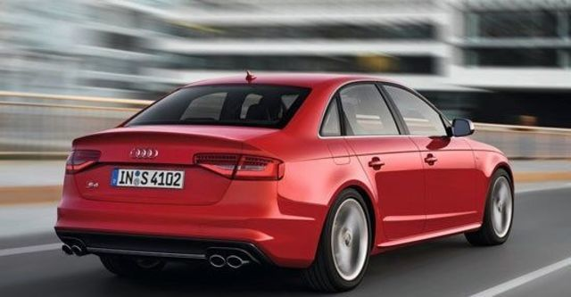 2013 Audi A4 Sedan S4  第9張相片