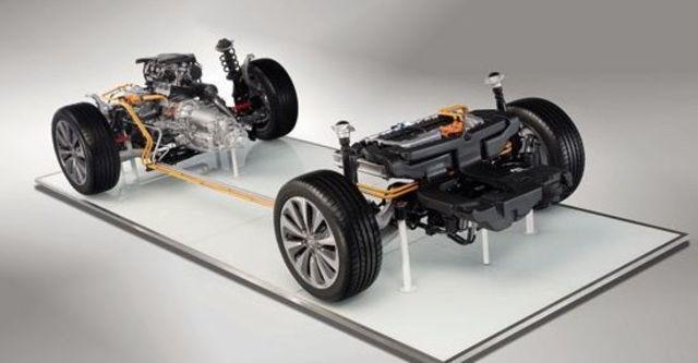 2012 Audi A6 Sedan Hybrid 2.0 TFSI  第4張相片