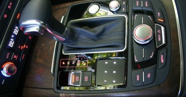 2012 Audi A6 Sedan Hybrid 2.0 TFSI  第5張相片