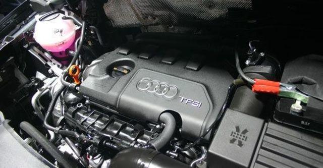 2012 Audi Q3 Sport 2.0 TFSI quattro  第12張相片