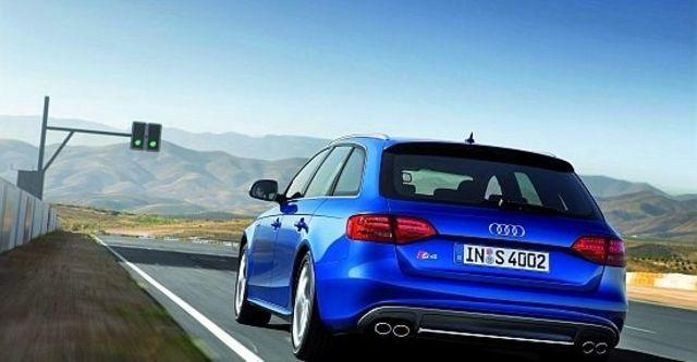2011 Audi A4 Avant S4  第7張相片