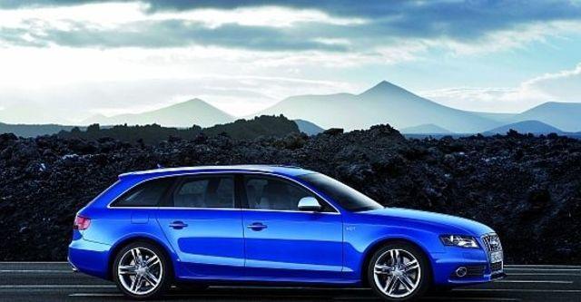 2011 Audi A4 Avant S4  第9張相片