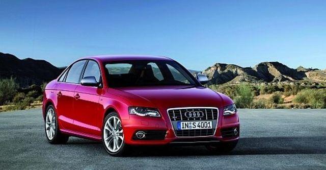 2011 Audi A4 Sedan S4  第6張相片