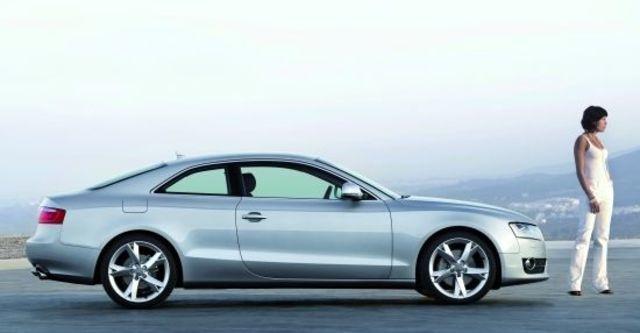 2011 Audi A5 Coupe 3.2 FSI quattro  第3張相片