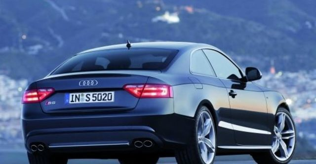 2011 Audi A5 Coupe S5  第3張相片