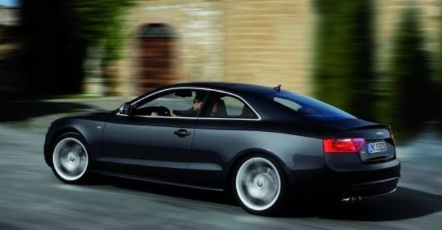 2011 Audi A5 Coupe S5  第5張相片