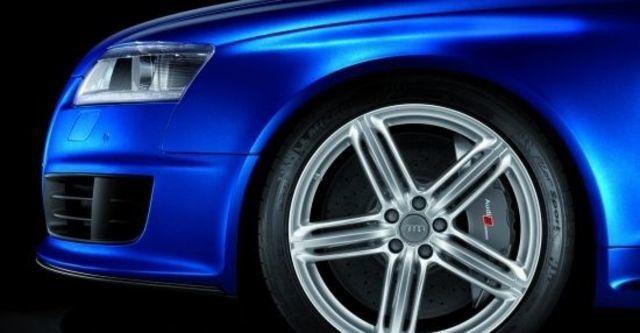 2011 Audi A6 Avant RS6  第5張相片