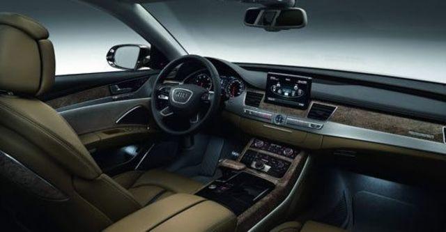2011 Audi A8 L V8  第12張相片