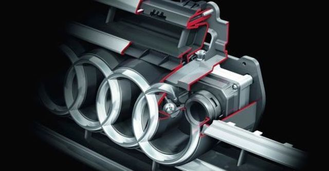 2011 Audi A8 L V8  第13張相片