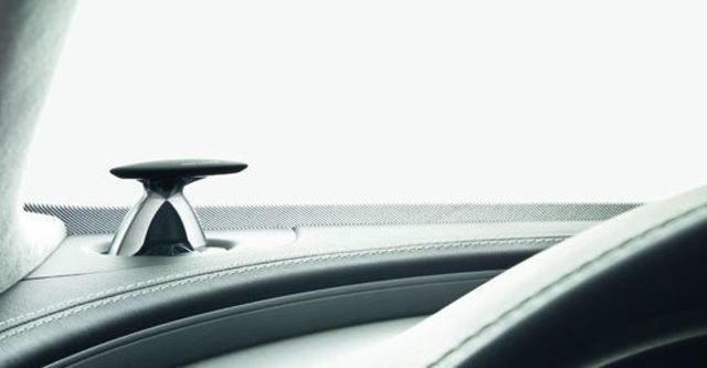 2011 Audi A8 L V8  第14張相片
