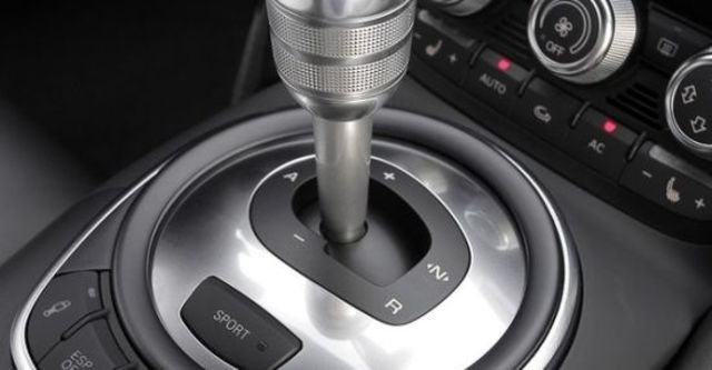 2011 Audi R8 5.2 FSI quattro  第7張相片