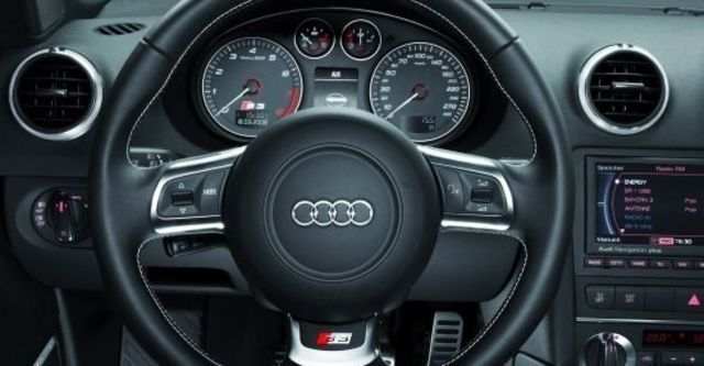 2010 Audi A3 Sportback S3  第8張相片