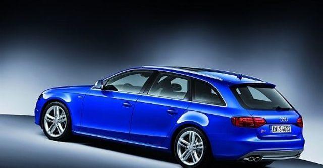 2010 Audi A4 Avant S4  第3張相片