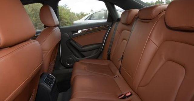 2010 Audi A4 Sedan 2.0 TFSI  第8張相片