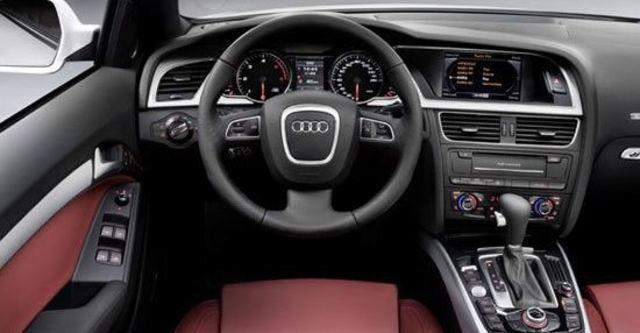 2010 Audi A5 Cabriolet 3.2 FSI quattro  第6張相片