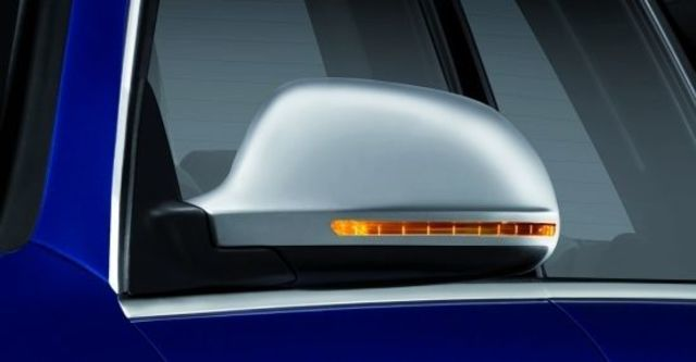 2010 Audi A6 Avant RS6  第7張相片