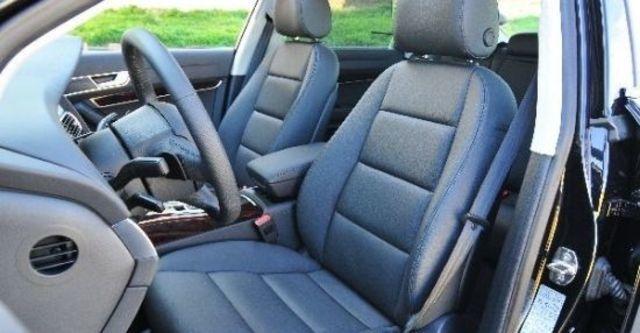 2010 Audi A6 Sedan 3.0 TFSI quattro  第7張相片
