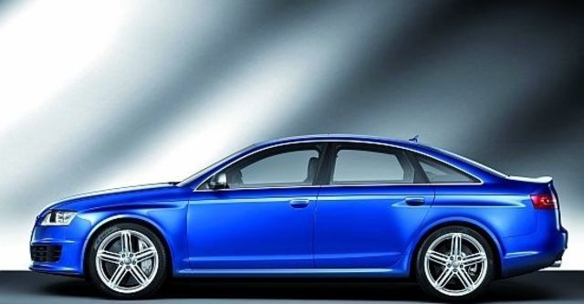 2010 Audi A6 Sedan RS6  第4張相片