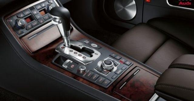 2010 Audi A8L 3.2 FSI  第8張相片