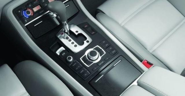 2010 Audi A8L S8  第9張相片