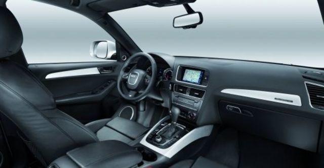 2010 Audi Q5 2.0 TFSI quattro  第6張相片
