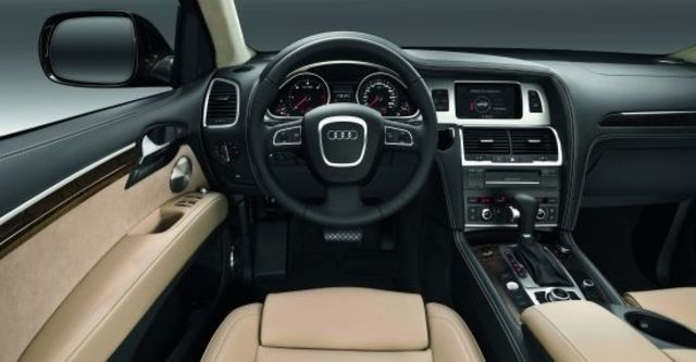 2010 Audi Q7 3.0 TDI quattro  第8張相片