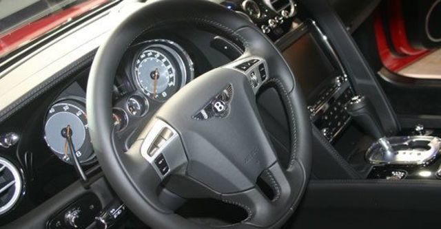 2013 Bentley Continental GT 4.0 V8 Coupe  第10張相片
