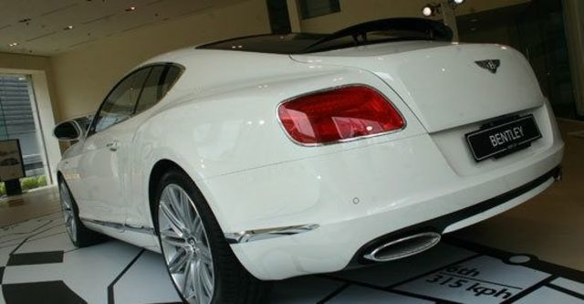 2013 Bentley Continental GT Speed 6.0 W12 Coupe  第6張相片