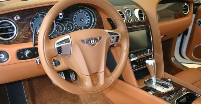 2013 Bentley Continental GT Speed 6.0 W12 Coupe  第7張相片