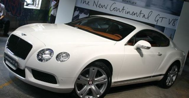 2012 Bentley Continental GT 4.0 V8 Coupe  第11張相片