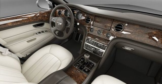 2011 Bentley Mulsanne 6.75 V8  第7張相片
