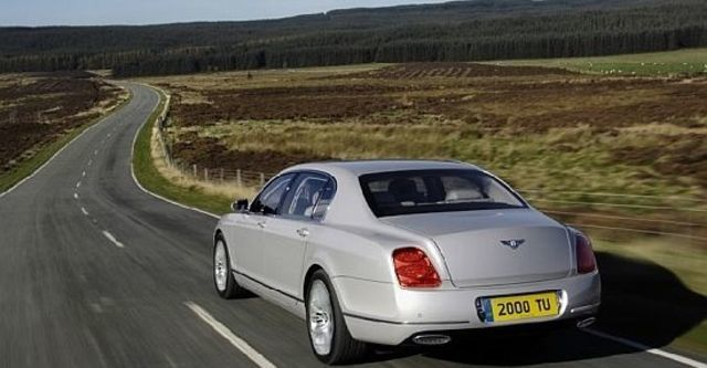 2010 Bentley Continental Flying Spur 6.0 W12  第3張相片