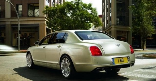 2010 Bentley Continental Flying Spur 6.0 W12  第4張相片