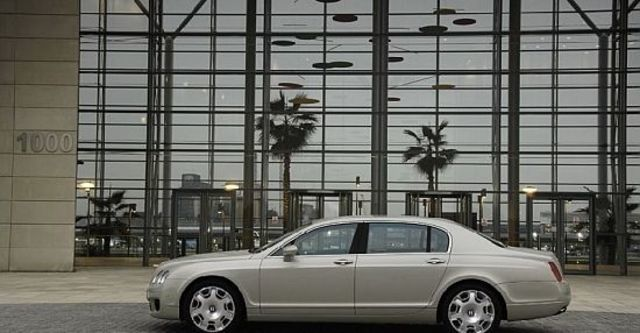 2010 Bentley Continental Flying Spur 6.0 W12  第5張相片