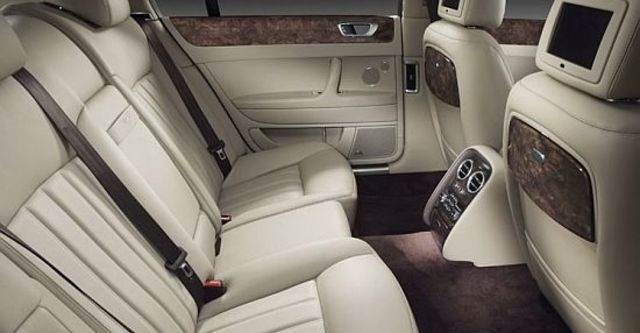 2010 Bentley Continental Flying Spur 6.0 W12  第9張相片