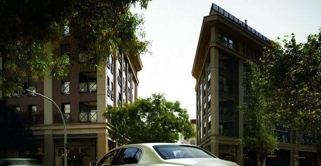 2009 Bentley Continental Flying Spur  第9張相片