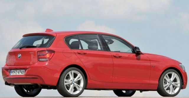 2015 BMW 1-Series 118i Sport Line  第4張相片