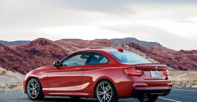 2015 BMW 2-Series M235i  第2張相片